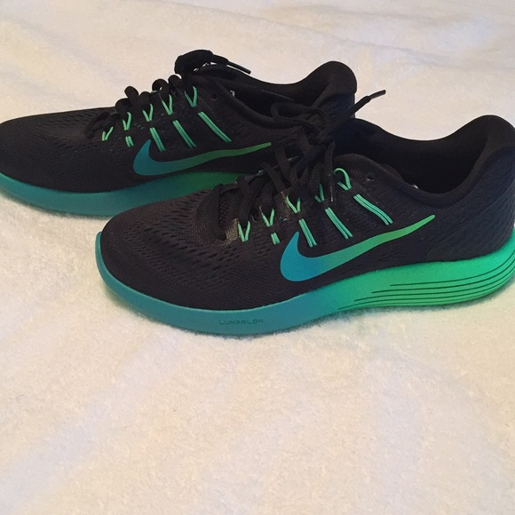 d70a3b31bca7 ... THIS ITEM IS SOLD! New Nike Lunarglide 8 Women s running Shoes sz 8.  M 5aa0383e72ea8893799ed65d